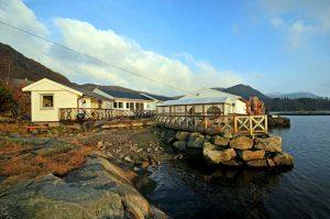 Das Gulen Dive Resort an der Westküste Norwegens.