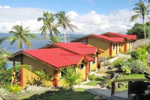 Das kleine Hotel umfasst vier Bungalows für insgesamt acht Gäste.