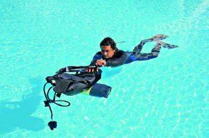 Anziehen im Wasser 2