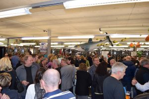 Gut besucht: Die Ferienmesse bei Tauchsport Käser. Foto: Tauchsport Käser