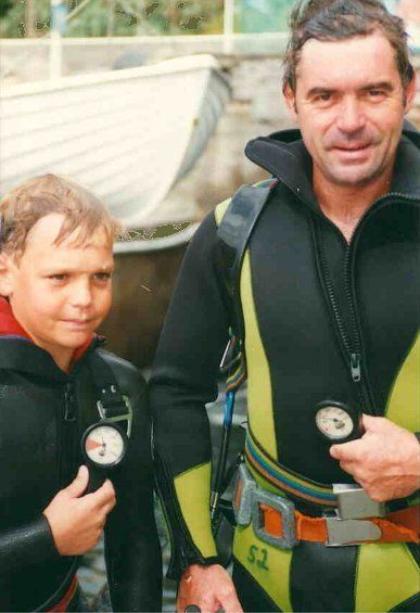 Früh übt sich: Felix Waschkewitz mit Vater Rainer. Foto: Madeira Diving Center