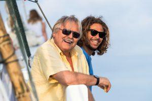 Helmut Debelius ist mit seinem Sohn Ronan auf Tauchsafari in Raja Ampat gewesen. Foto: Tobias Friedrich