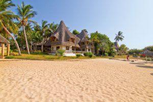 Das Vier Sterne Temple Point Resort liegt an einem traumhaften Sandstrand.