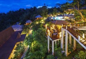 Das Bunaken Oasis Dive Resort liegt wunderschön eingebettet in den tropischen Wäldern von Nordsulawesi.