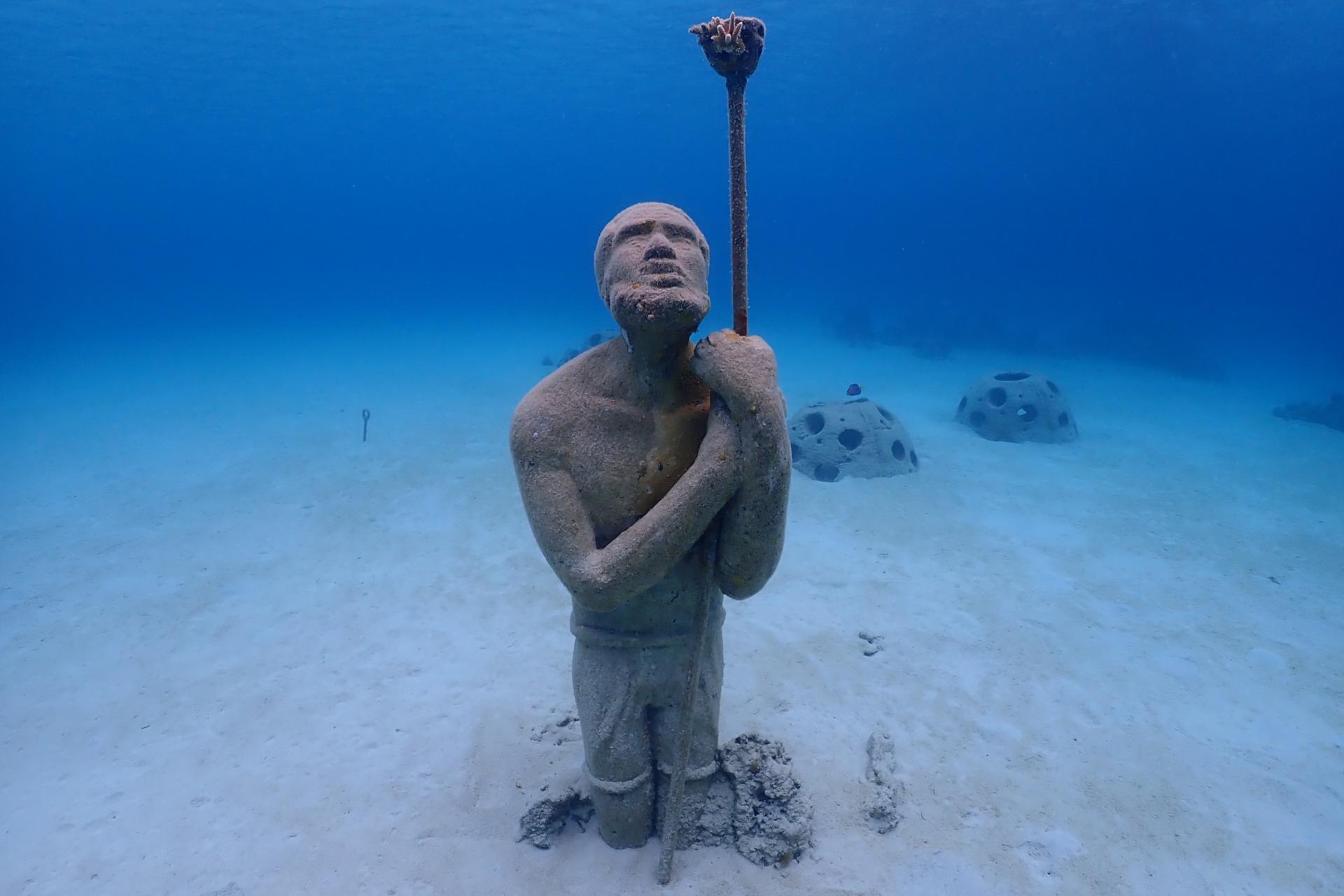 Unterwasser-Vergnügen Mit Einer Göttin